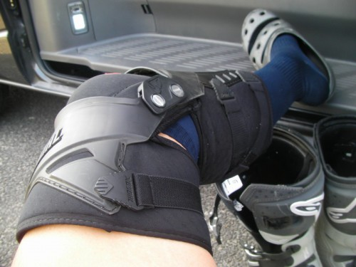 THOR FORCE KNEE GUARD1