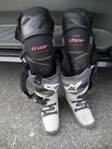 THOR FORCE KNEE GUARD2